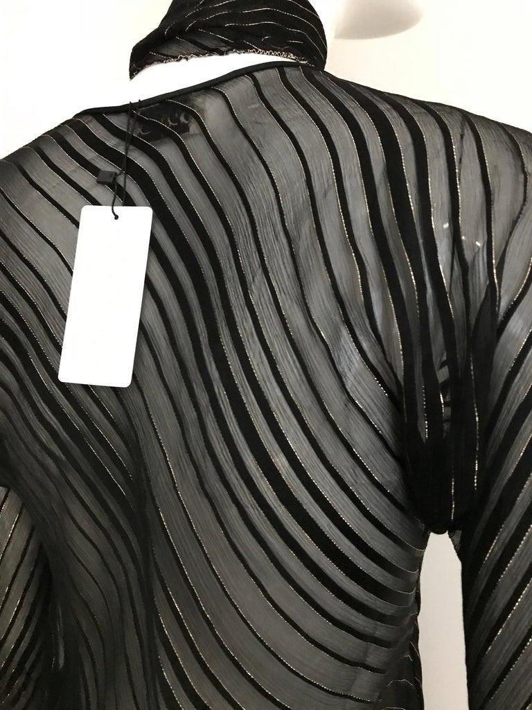Vintage Julio Black and Gild Silk Blouse and Skirt Set  For Sale 9
