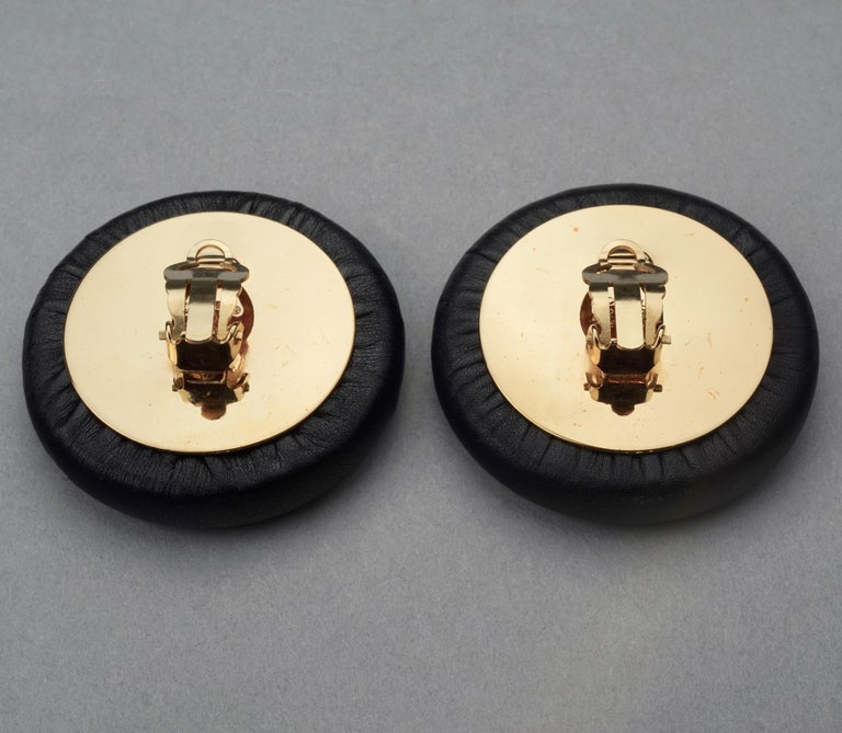Vintage Jumbo CHANEL CC Logo Lambskin Leather Disc Earrings For Sale 6