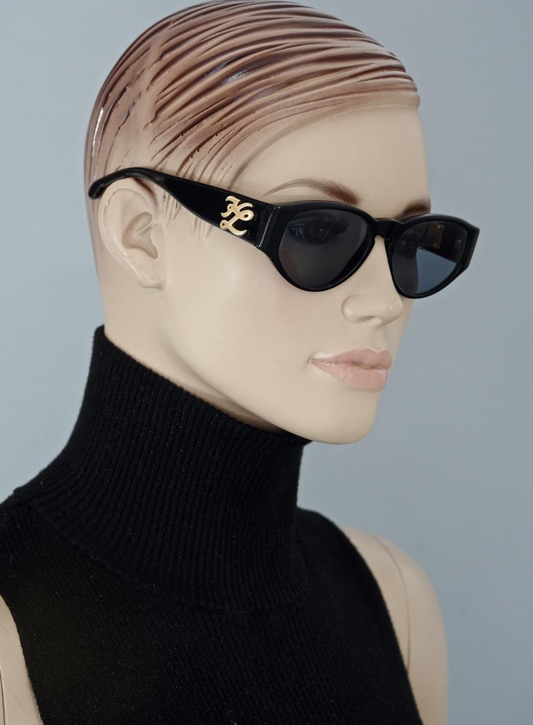 Vintage KARL LAGERFELD Interchangeable Iconic Charms Emblem Sunglasses For Sale 3