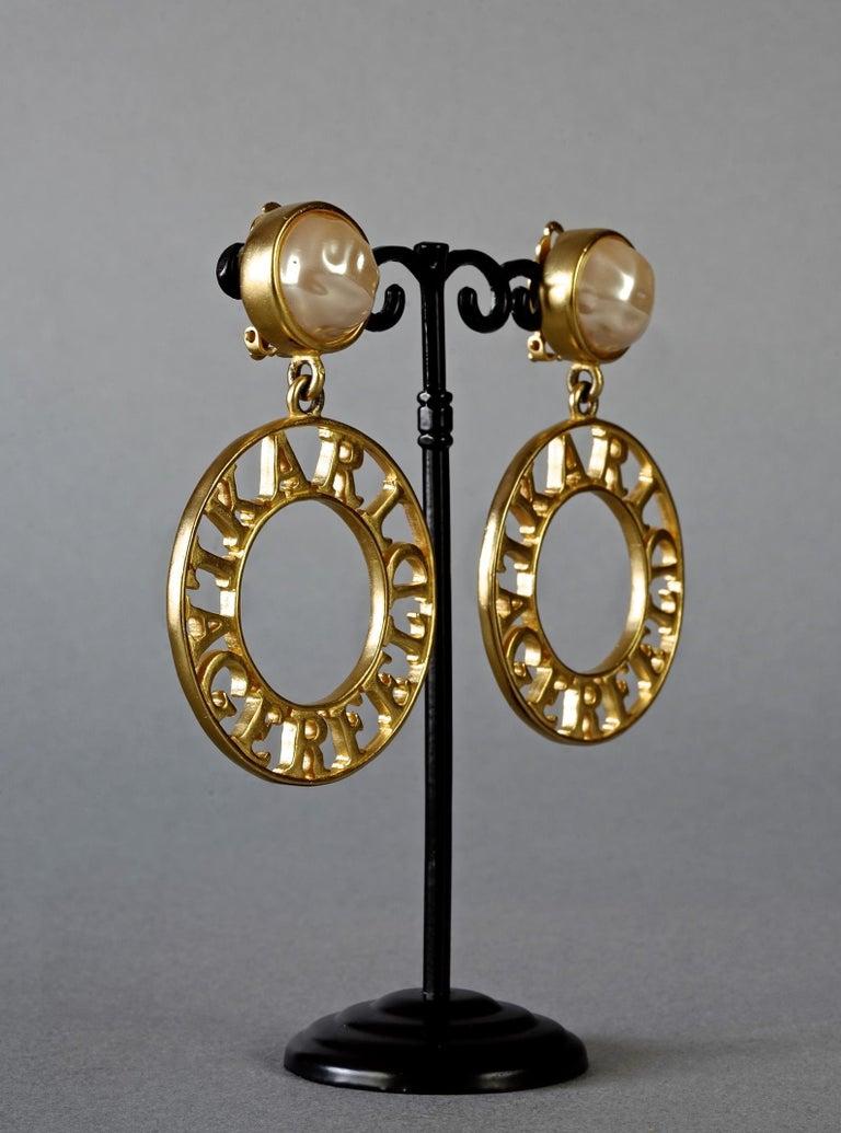 Vintage KARL LAGERFELD Pearl Spelled Out Openwork Hoop Dangling Earrings For Sale 3