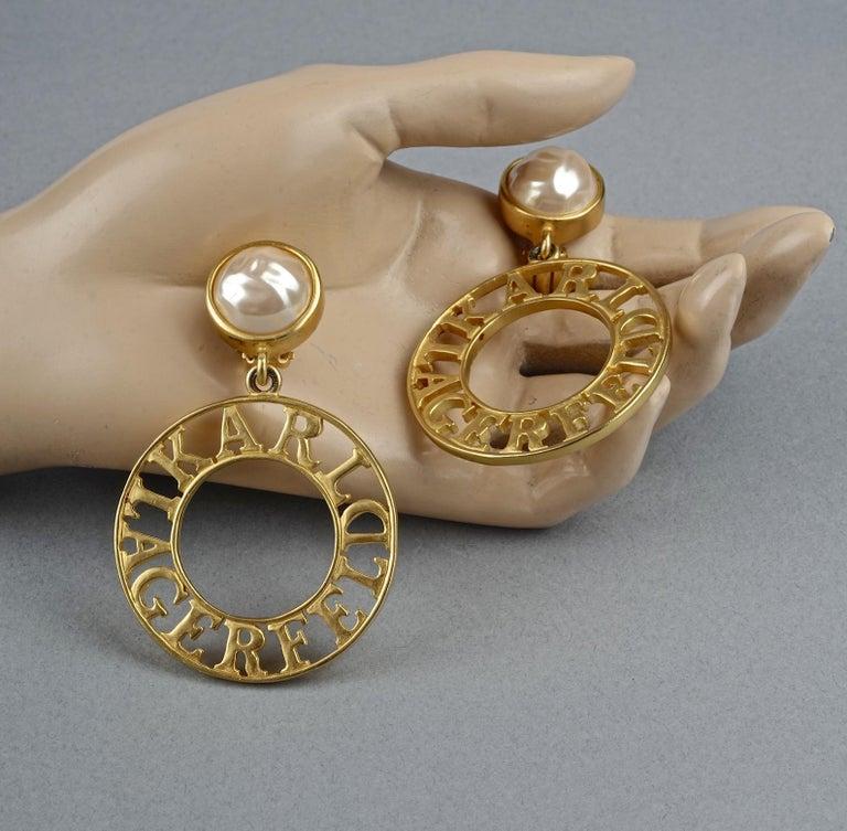 Vintage KARL LAGERFELD Pearl Spelled Out Openwork Hoop Dangling Earrings For Sale 4