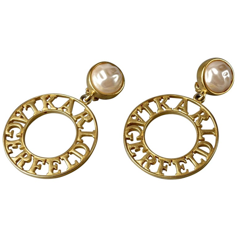 Vintage KARL LAGERFELD Pearl Spelled Out Openwork Hoop Dangling Earrings For Sale