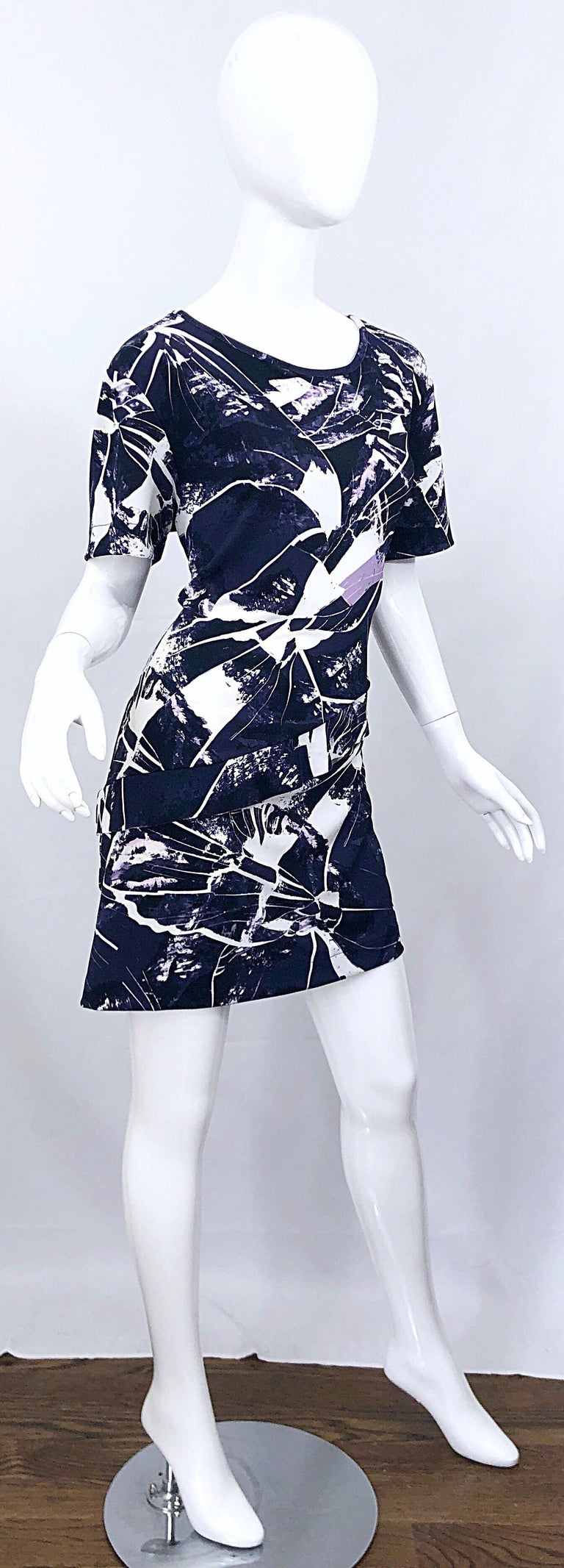 Vintage Kenzo Large Size 1990s Abstract Print Navy Blue + Purple 90s Mini Dress For Sale 7