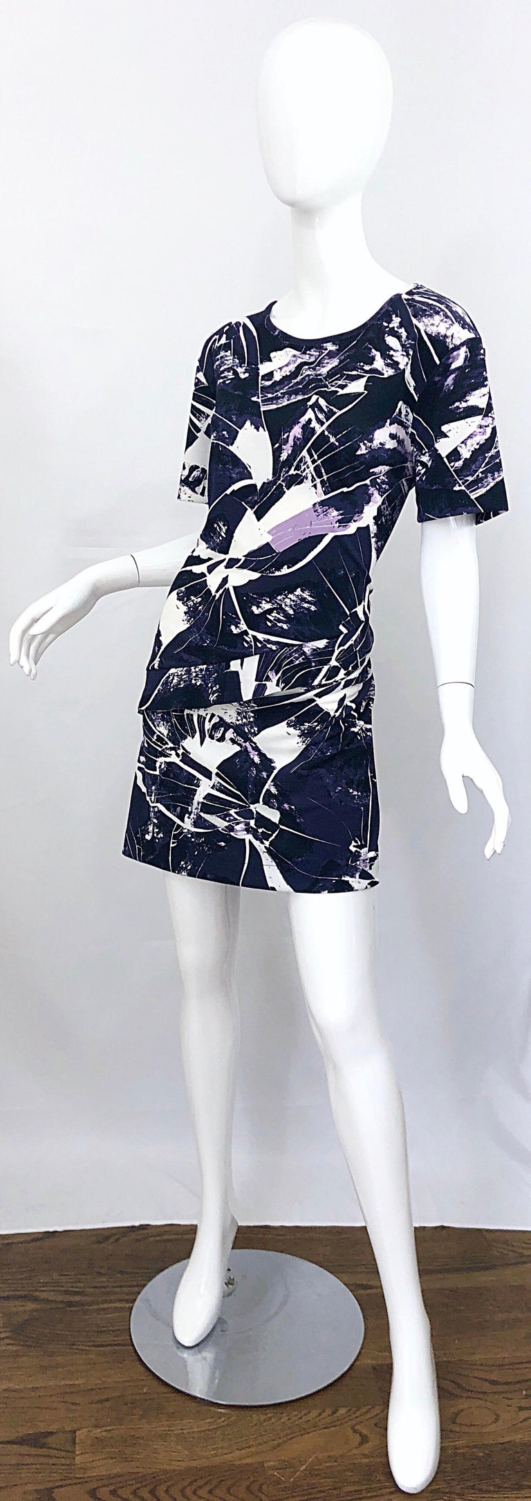 Women's Vintage Kenzo Large Size 1990s Abstract Print Navy Blue + Purple 90s Mini Dress For Sale
