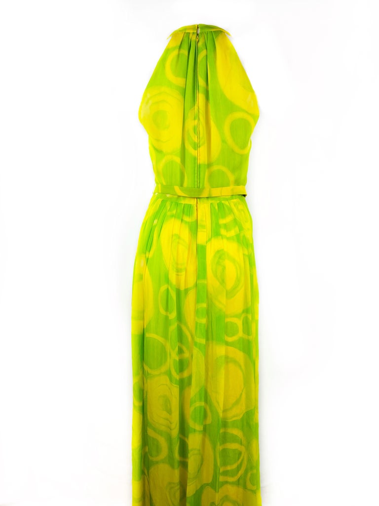 Vintage KIKI HART Yellow and Green Sleeveless Maxi Dress w/ Belt  In Excellent Condition For Sale In Beverly Hills, CA