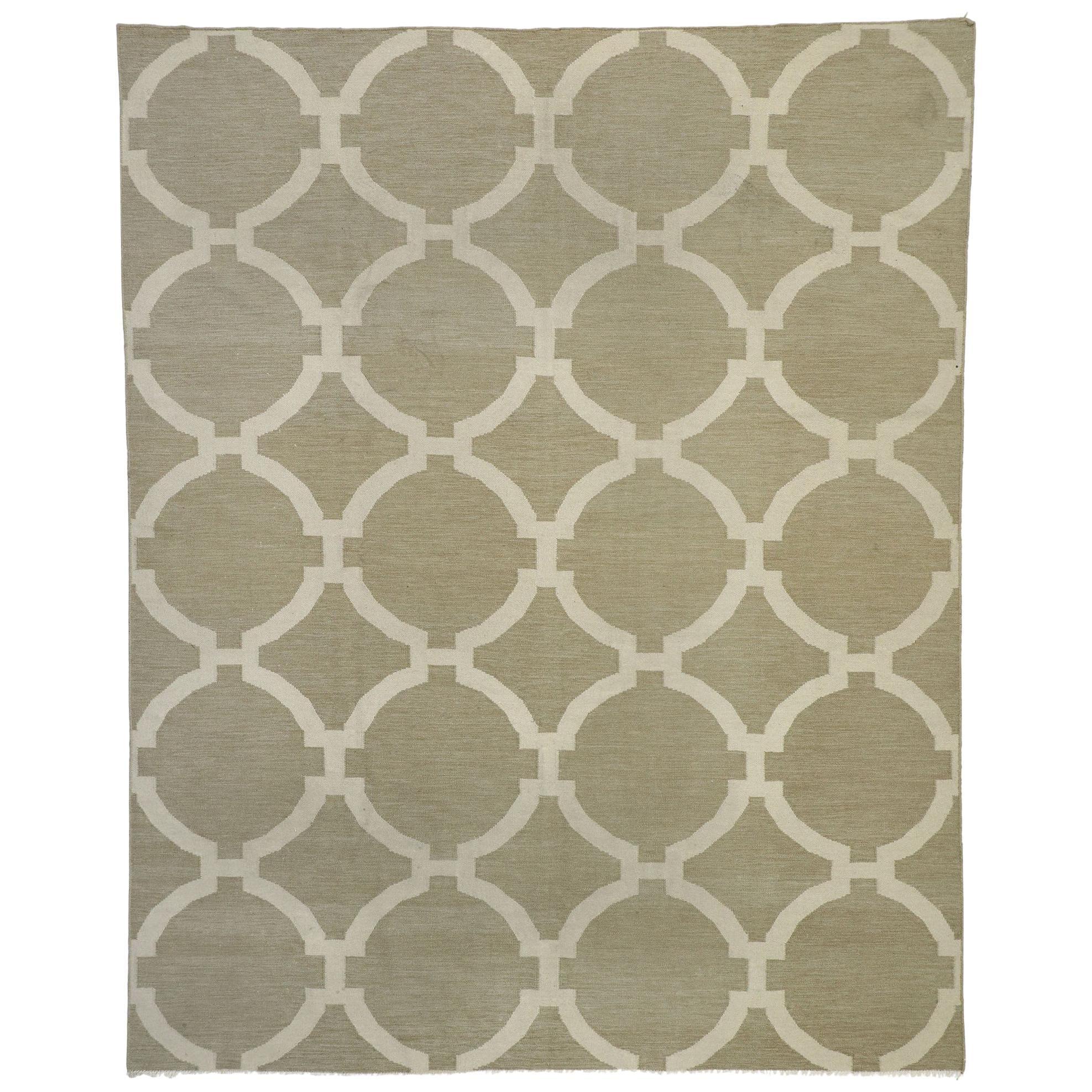 Vintage Kilim Circle Trellis Rug with Geometric Pattern and Transitional Style
