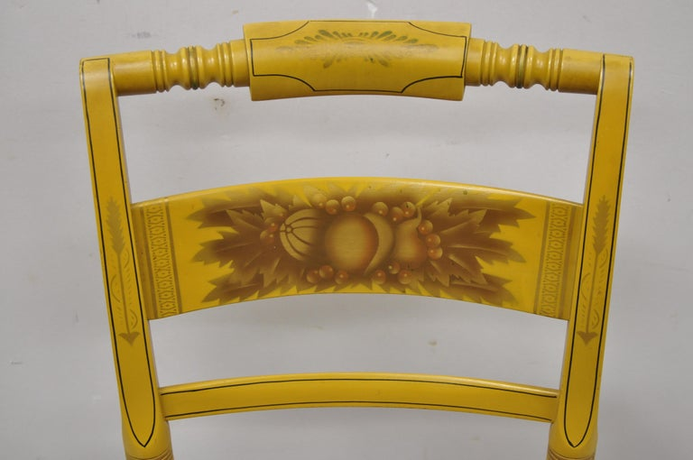 American Colonial Vintage L. Hitchcock Yellow Painted Stenciled Rush Seat Dining Side Chair For Sale