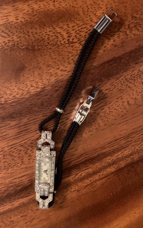 Vintage Ladies Diamond Platinum 17 Jewel Swiss Wrist Watch In Good Condition In St. Louis Park, MN