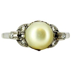 Vintage Ladies Ring with Saltwater Pearl and Diamonds, 1940s