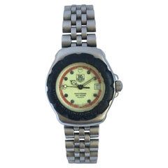 Vintage Ladies TAG Heuer Formula 1 with Black Bessel and Stainless Steel Strap