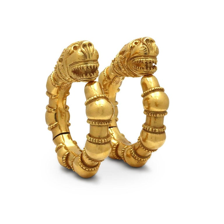 Vintage Lalaounis Yellow Gold Earrings In Excellent Condition For Sale In New York, NY