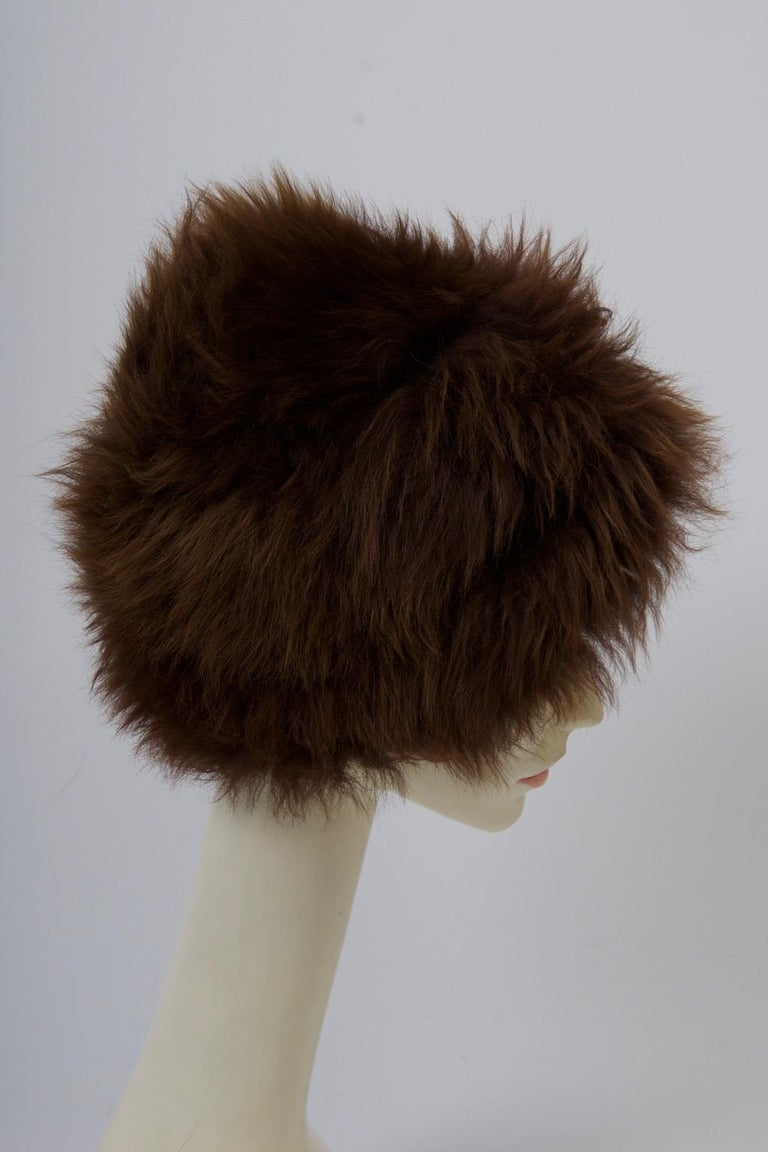Vintage Lamb Hat In Good Condition For Sale In Alford, MA