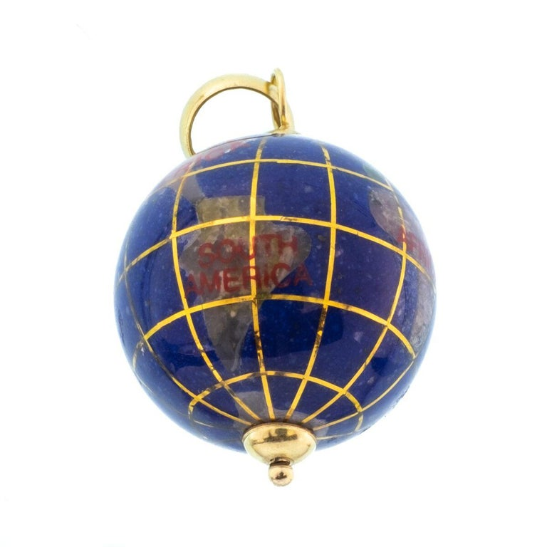 Vintage Lapis and 18 Karat Yellow Gold Globe Charm For Sale 1