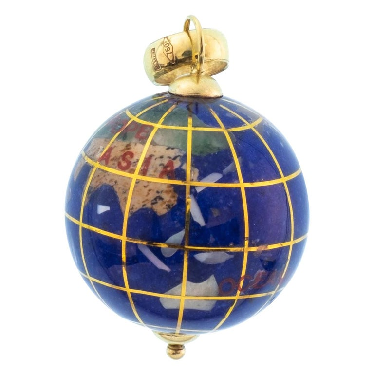 Vintage Lapis and 18 Karat Yellow Gold Globe Charm For Sale