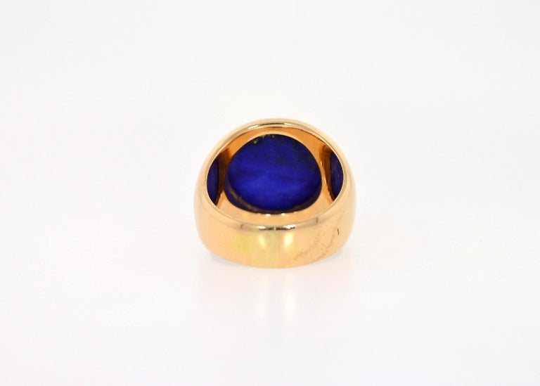 Cabochon Vintage Lapis Lazuli and 18 Karat Gold Ring For Sale