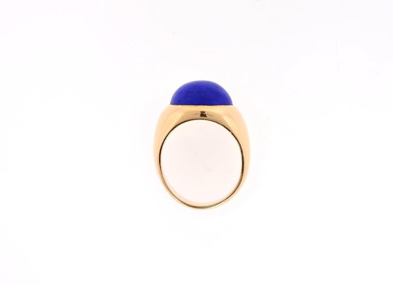 Women's or Men's Vintage Lapis Lazuli and 18 Karat Gold Ring For Sale