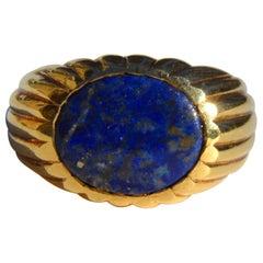 Vintage Lapis Lazuli 5.05 Carat Oval Cabochon 14 Karat Gold Signet Ring