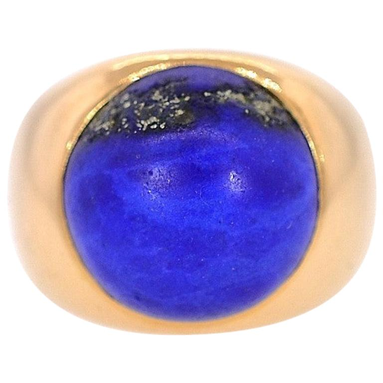 Vintage Lapis Lazuli and 18 Karat Gold Ring For Sale