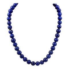 Vintage Lapis Lazuli Single Strand Necklace with 14 Karat Yellow Gold