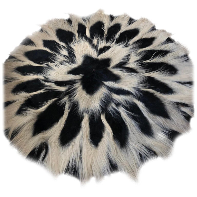 Vintage Large Circular Colobus Monkey Fur Floor Rug, circa 1969, Fully Lined For Sale