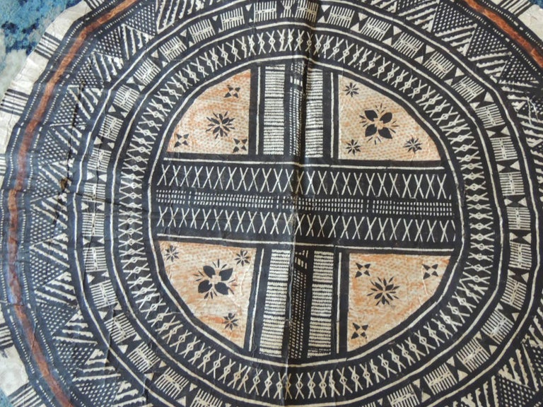 Hand-Crafted Vintage Large African Tribal Round Decorative Art For Sale