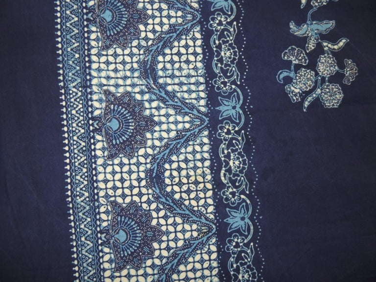 Vintage Large Blue and White Hand-Blocked Indian Batik Textile In Good Condition For Sale In Fort Lauderdale, FL