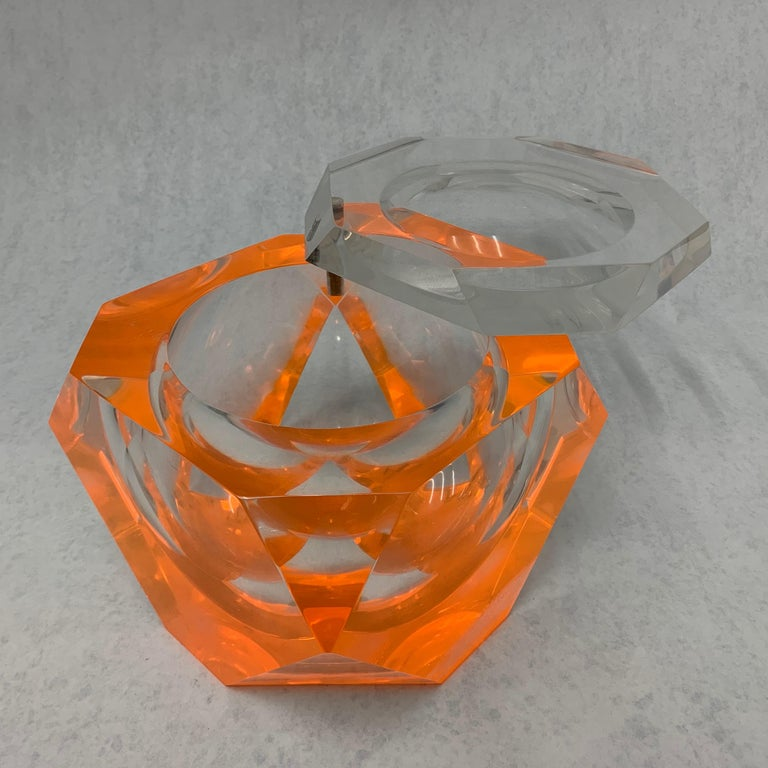 Mid-Century Modern Vintage Large Lucite Ice Bucket by Alessandro Albrizzi For Sale