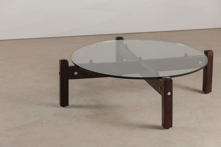 Mid-Century Modern Vintage Latini Round Coffee Table by Sergio Rodrigues, Brazilian Midcentury For Sale