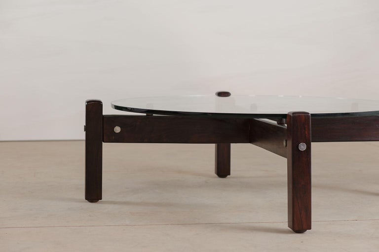 Mid-20th Century Vintage Latini Round Coffee Table by Sergio Rodrigues, Brazilian Midcentury For Sale