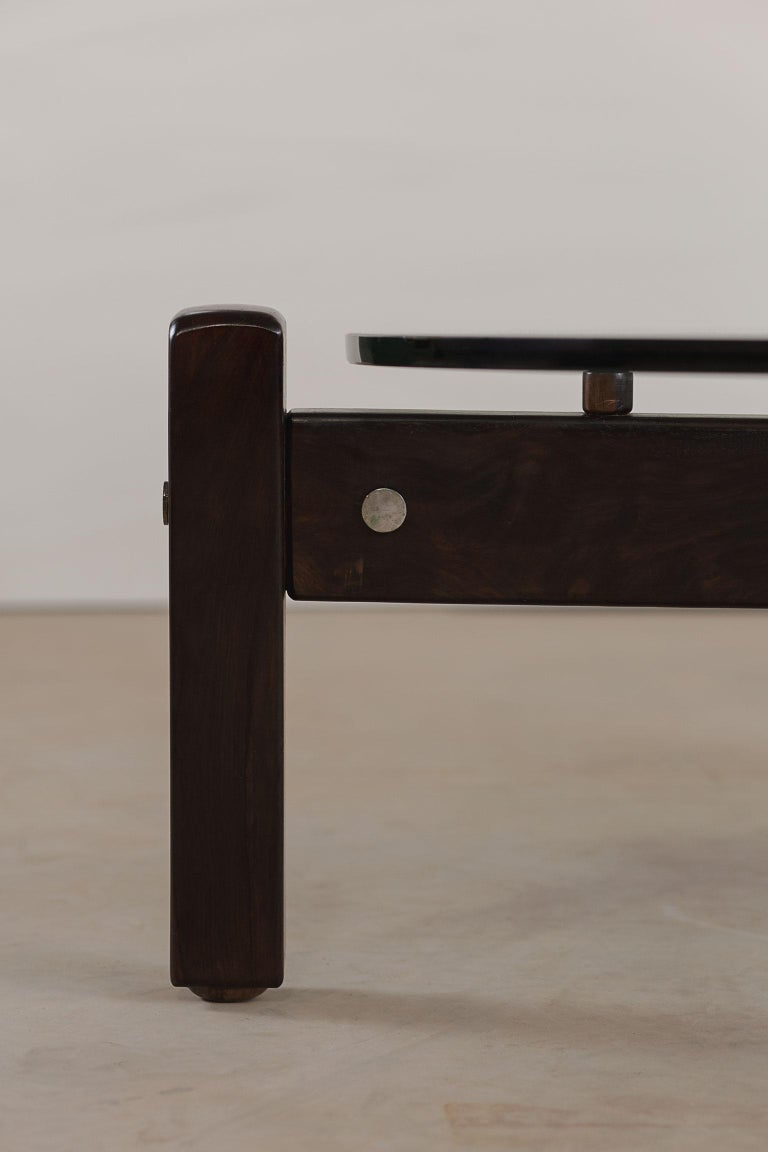 Rosewood Vintage Latini Round Coffee Table by Sergio Rodrigues, Brazilian Midcentury For Sale