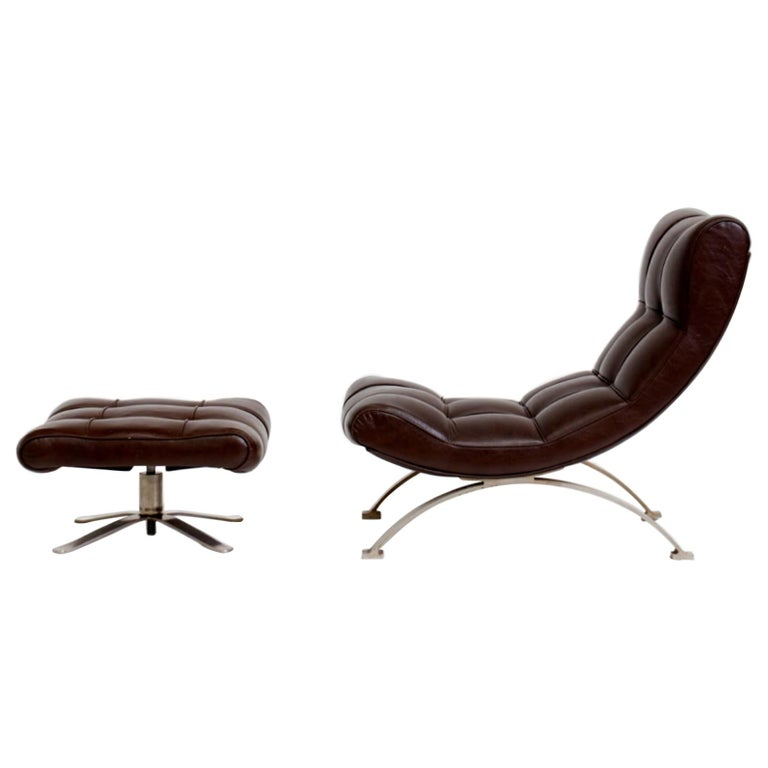 Vintage Leather Armchair with Footrest, Italian Production, 1960s For Sale