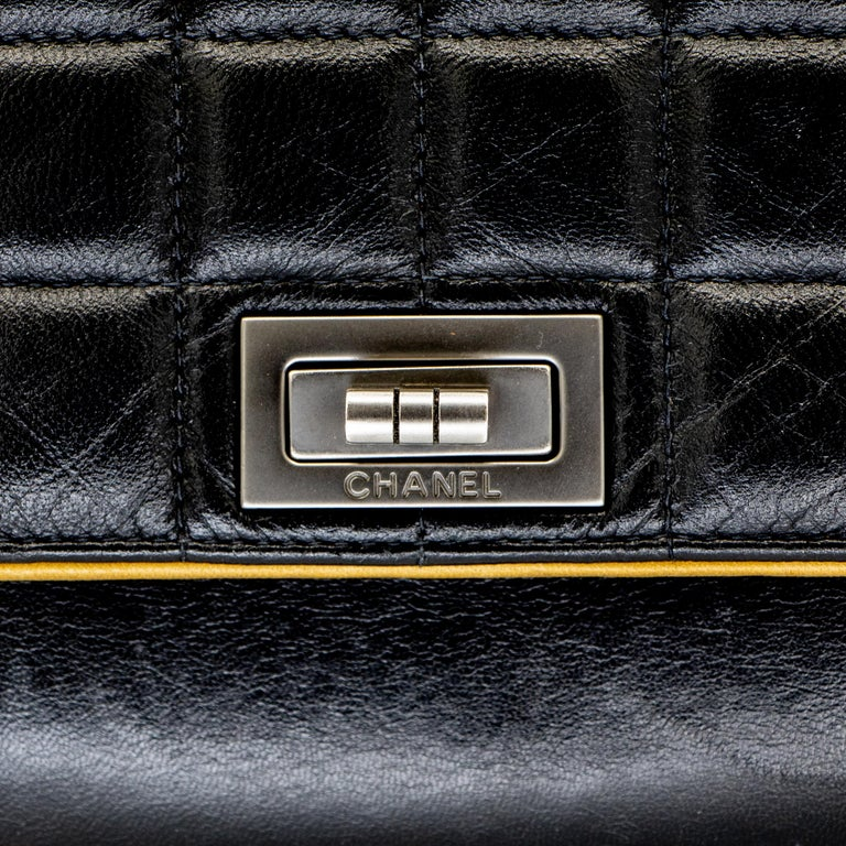 Women's or Men's Vintage Leather Chanel Shoulder Bag