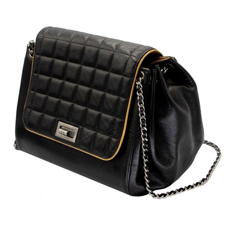 Vintage Leather Chanel Shoulder Bag 1