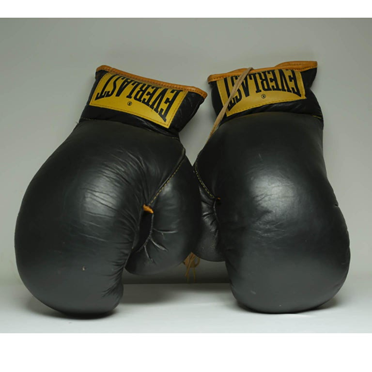 Vintage Leather Everlast Boxing Gloves, circa 1960s at 1stdibs