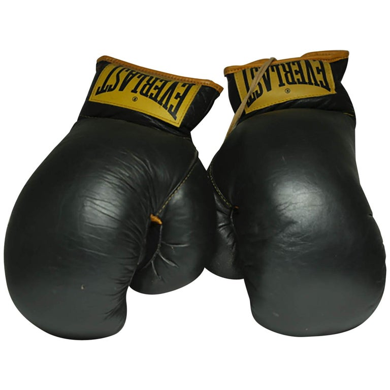 Shiv Naresh Teens Boxing Gloves 12oz: Vintage Leather Everlast Boxing Gloves, Circa 1960s At 1stdibs