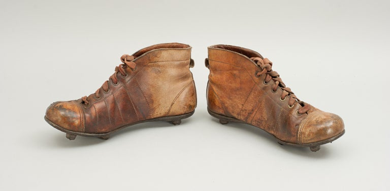 Vintage Leather Football Boots or Rugby Boots In Good Condition In Oxfordshire, GB