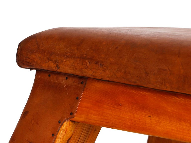 Vintage Leather Gym Bench, 1930s For Sale 4