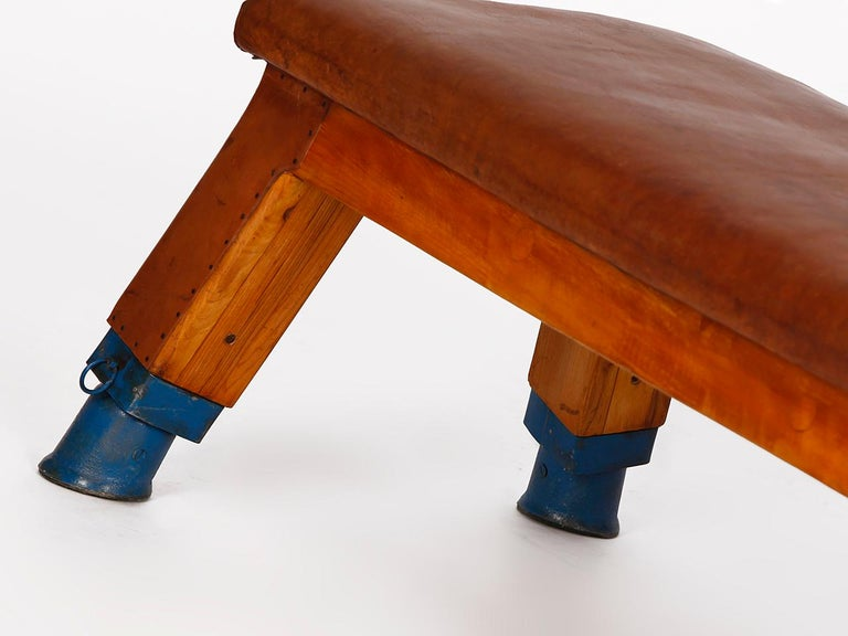 Vintage Leather Gym Bench, 1930s For Sale 1