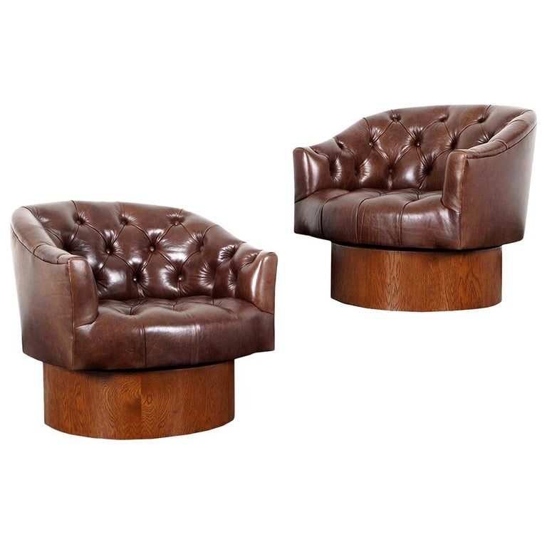 Vintage Leather Swivel Lounge Chairs by Milo Baughman For Sale