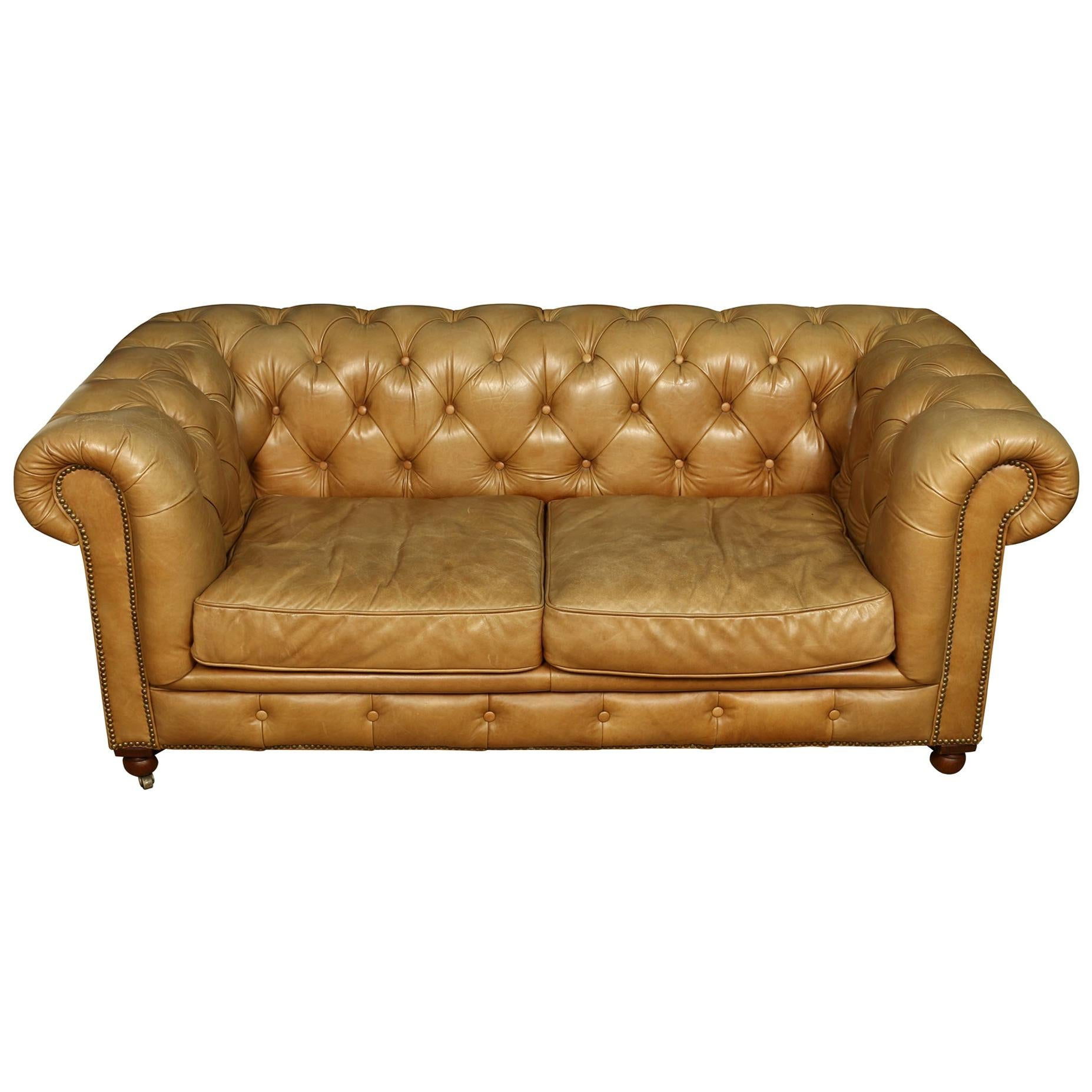 Vintage Leather Tufted Chesterfield Lovesesat