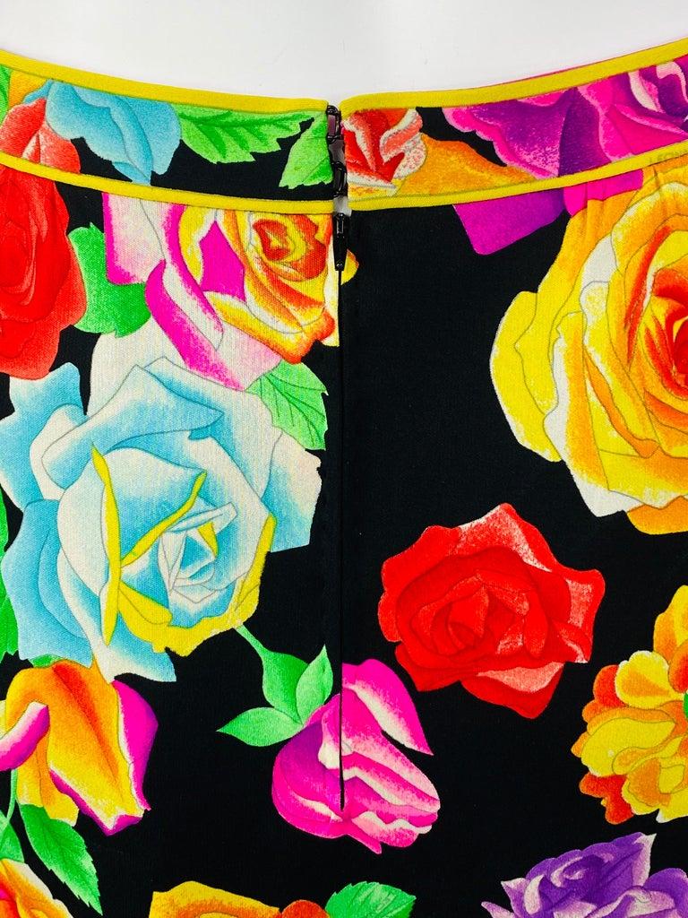 Women's Vintage LEONARD Black and Multicolor Flower Pencil Skirt  For Sale