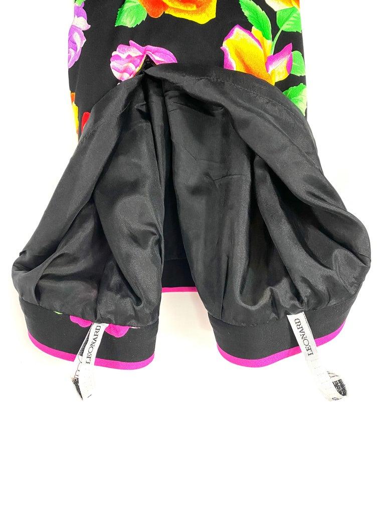 Vintage LEONARD Black and Multicolor Flower Pencil Skirt  For Sale 2