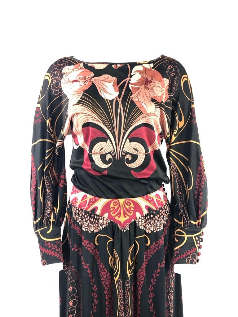 Vintage LEONARD Black Printed Long Sleeves Maxi Dress  Product details: MAC TAC of Paris for LEONARD SUNSHINE  Size S 100% Nylon 3 buttons closure on each sleeve 3 buttons closure on the waist  Made in the British Crown Colony of Hong Kong