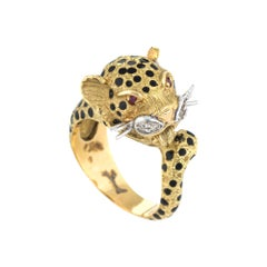 Vintage Leopard Cat Ring 18 Karat Yellow Gold Diamond Ruby Enamel Animal Jewelry