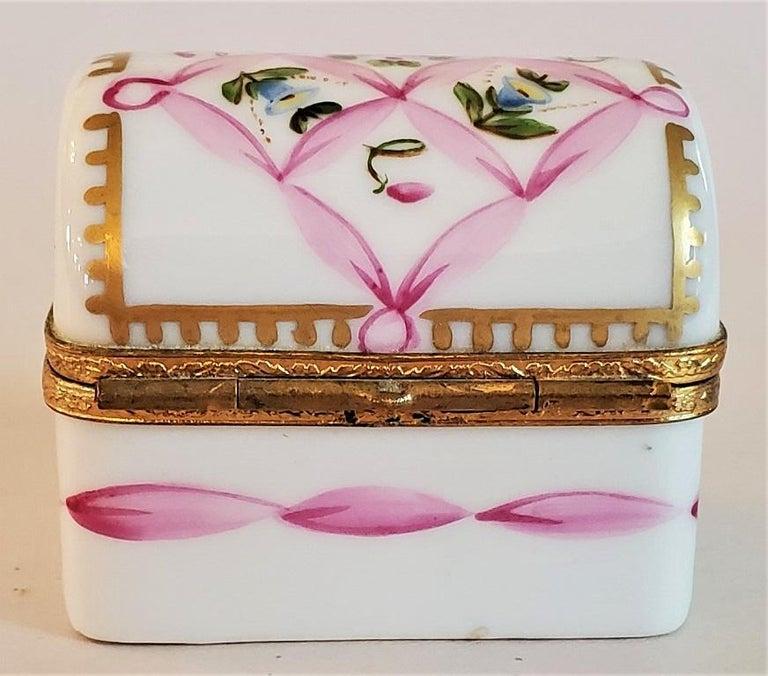 Hand-Painted Vintage Limoges Domed Casket Ring Box For Sale