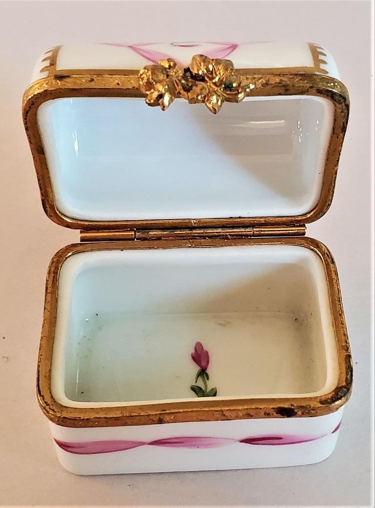 20th Century Vintage Limoges Domed Casket Ring Box For Sale