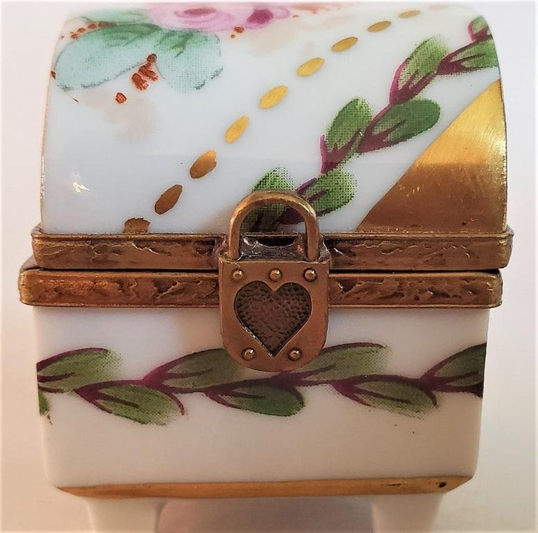 Vintage Limoges Heart Lock Ring Box For Sale 3