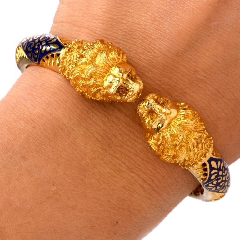 Women's or Men's Vintage Lion Head Enamel Gold Cuff Bangle Bracelet For Sale