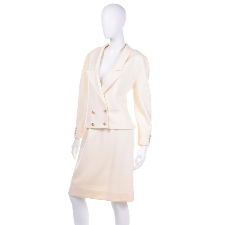 Vintage Louis Feraud Cream Jacket and Skirt Suit 1980s For Sale 1