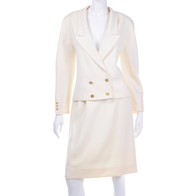 Vintage Louis Feraud Cream Jacket and Skirt Suit 1980s For Sale 3